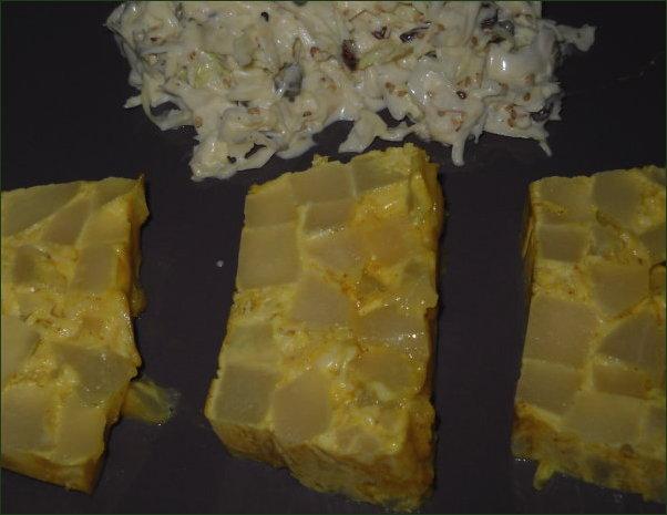 Terrine de christophines au colombo et salade coleslaw