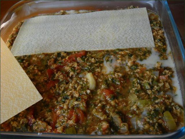 préparation de lasagnes végétariennes