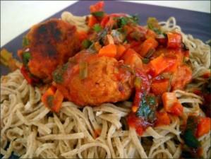 Tagliolini maison au sarrasin et sauce aux boulettes de seitan vegecarib857-copie-1