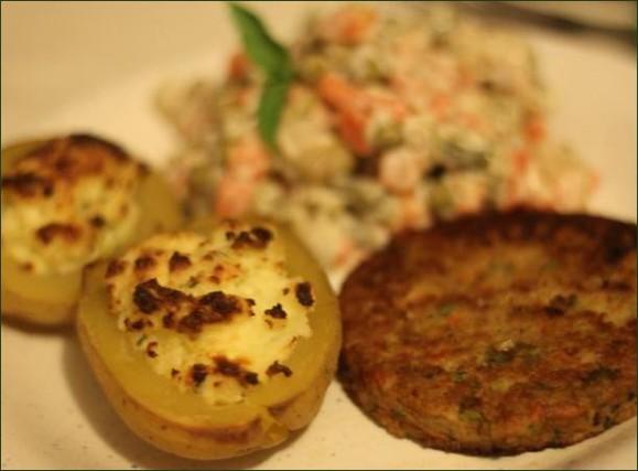 Pommes de terres farcies au fromage ail et fines herbes vegecarib 972