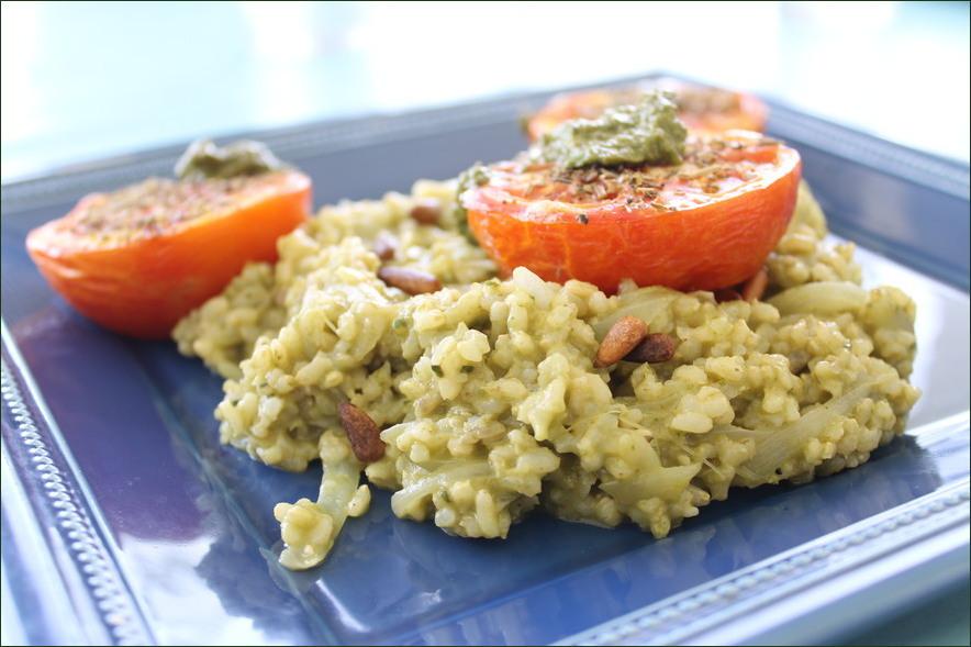Tomates provençales et risotto au pesto (vegan)